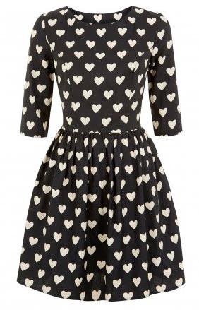 Vestido Primark en blanco y negro con corazones