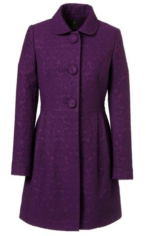 Hermoso abrigo largo de mujer