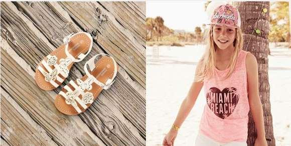 Sandalias blancas - Camiseta sin mangas Miami Beach, shorts blancos, gorra