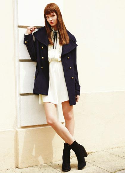 Hermoso vestido corto con chaqueta