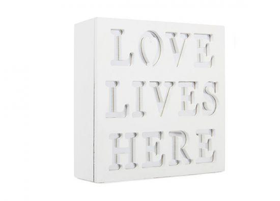 Ama, vive, aquí