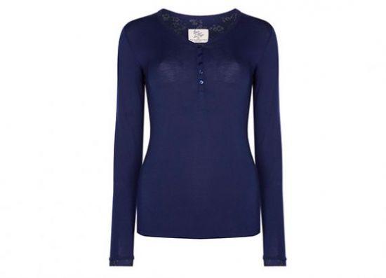 blusa azul marino de manga larga