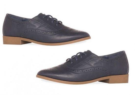 Zapatos perforados