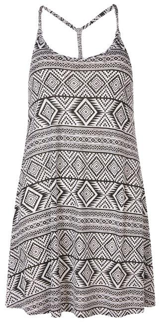 Primark vestido primaveral en blanco y negro