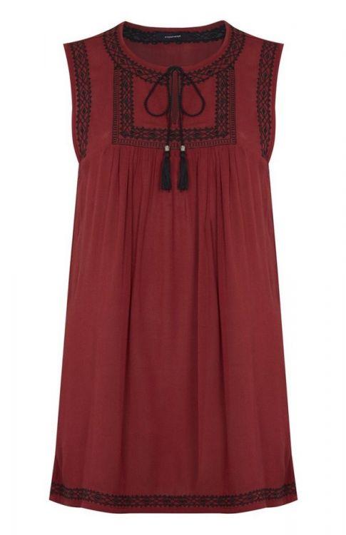 tunica bordada en color rojo, su calidad y textura son perfectas para mamá