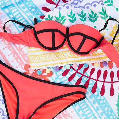 Bikinis push up