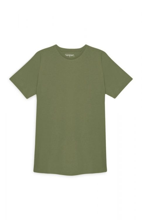 camiseta verde de cuello redondo