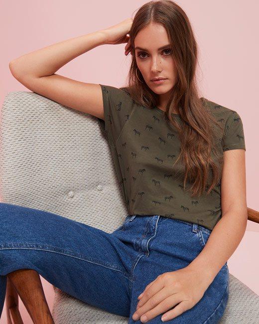 8a09394234 Si estáis pensando en comprar unos nuevos jeans es momento de que vayas por  estos jeans elásticos de mujer que están causando sensación entre vosotras  las ...