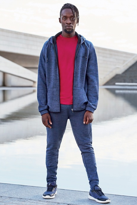 camiseta roja deportiva