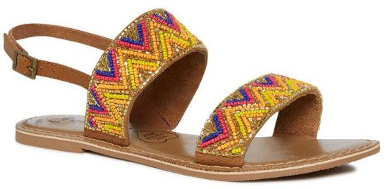 Sandalias planas en color marrón