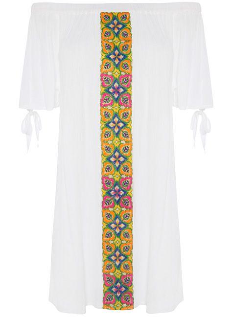 Vestido blanco con franja estampada