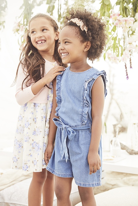 vestido azul infantil traduccion ingles