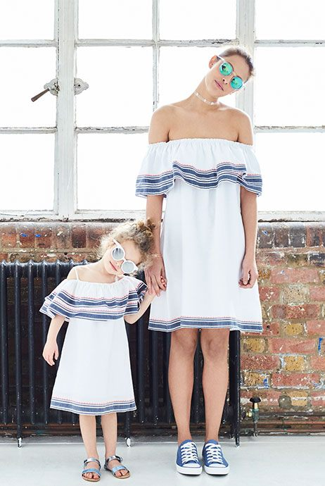 madre e hija vestidos