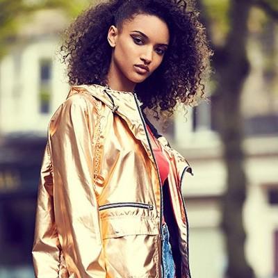 comprar chaqueta dorada