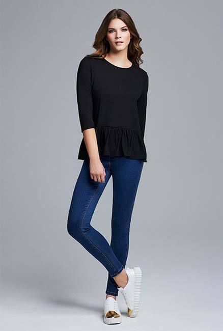 Camiseta negra de mujer