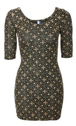 vestido corto estampado oscuro