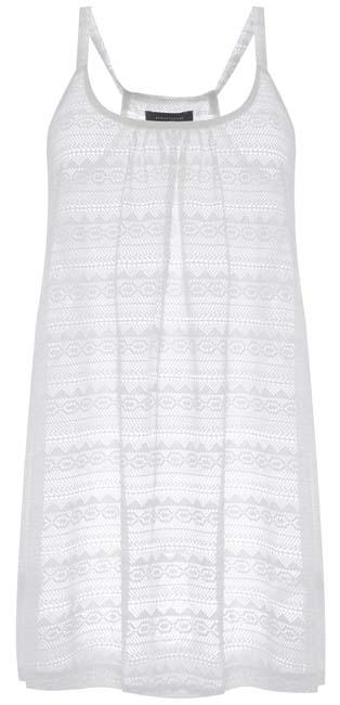 Vestido en blanco calado
