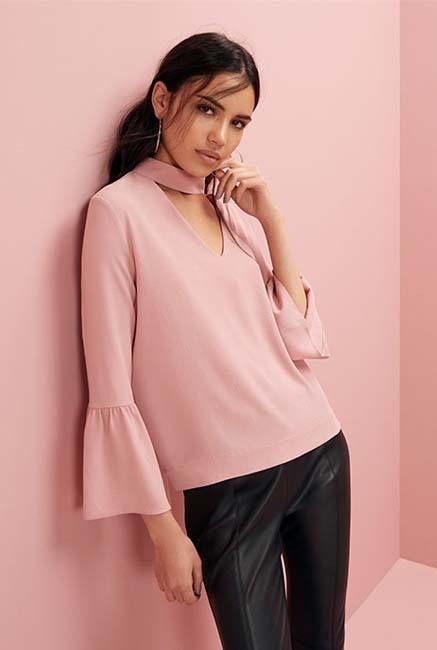 blusa rosa pastel