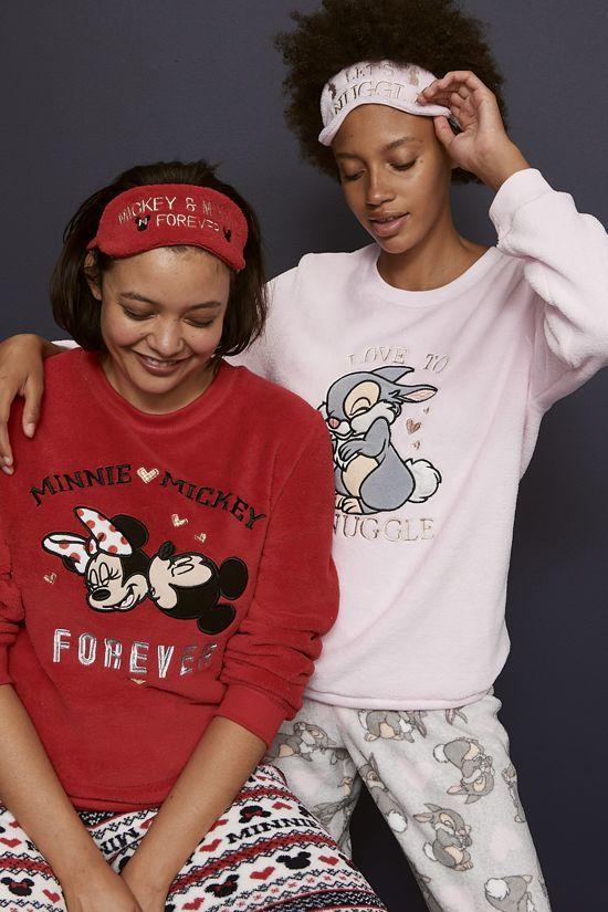 pijama primark de 4 piezas de mickey mouse y conejo tambor