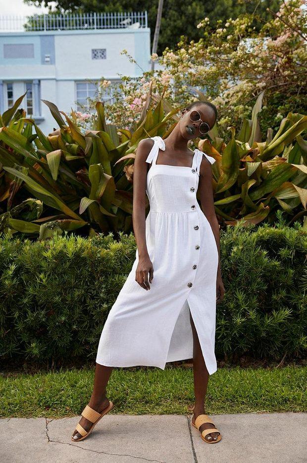 vestido blanco con botones primark mujer sandalias tejidas color canela primark