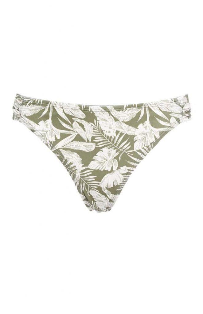 Braguita de bikini Primark verde con estampado de palmeras