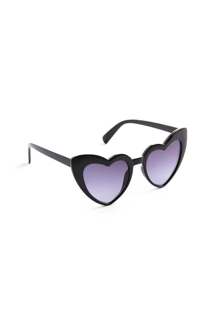 Gafas de sol Primark negras de corazones de plástico