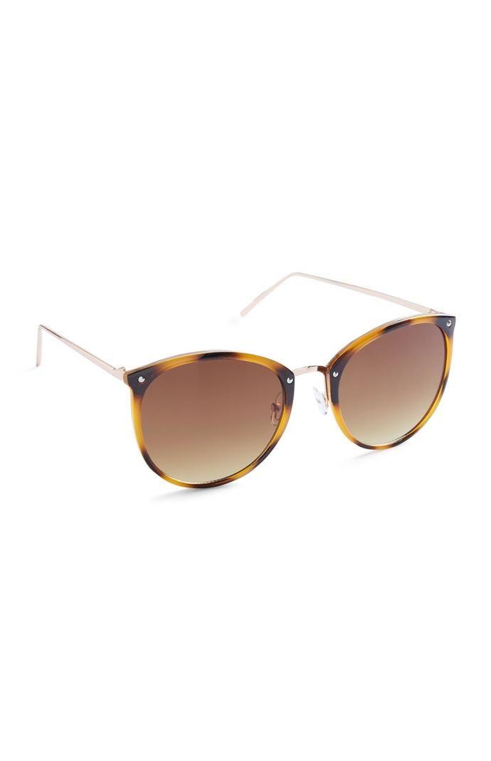 Gafas de sol Primark redondas marrones con montura efecto carey