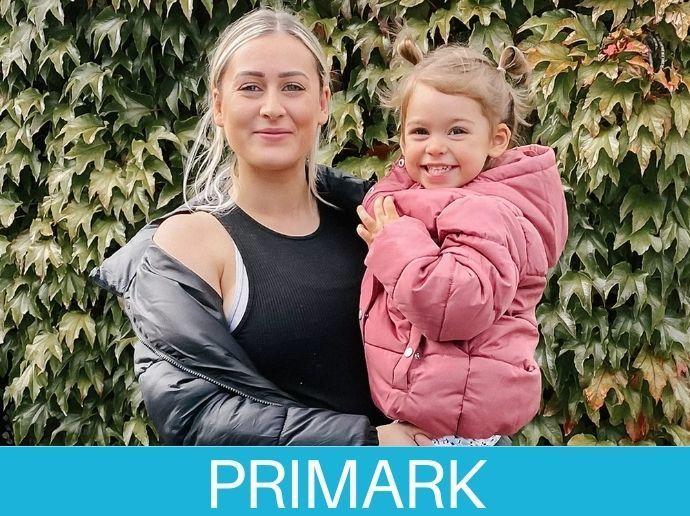 Abrigos en familia de Primark