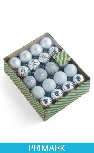 Pack de 40 bolas de Navidad plateadas Primark