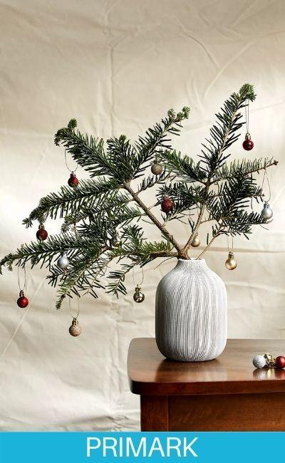 Paquetes de varias bolas de Navidad primark