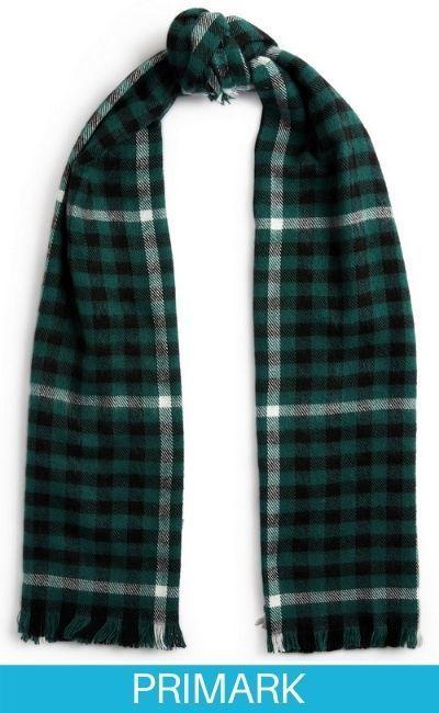 Bufanda con estampado de cuadros verdes y negros primark