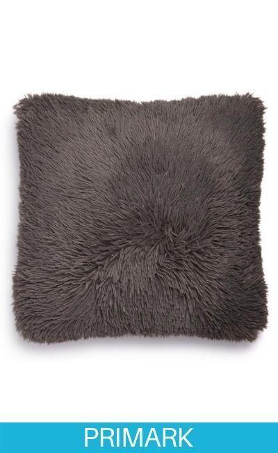 Cojín cuadrado tipo pompón gris oscuro Primark
