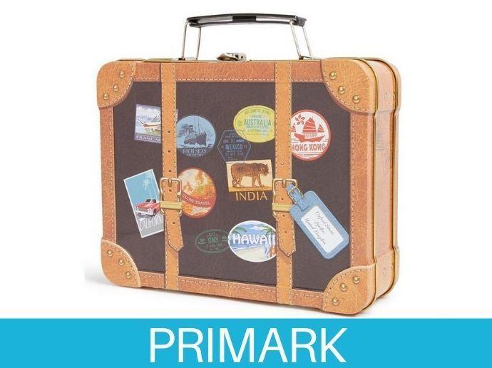 Lata con forma de maleta de galletas Primark